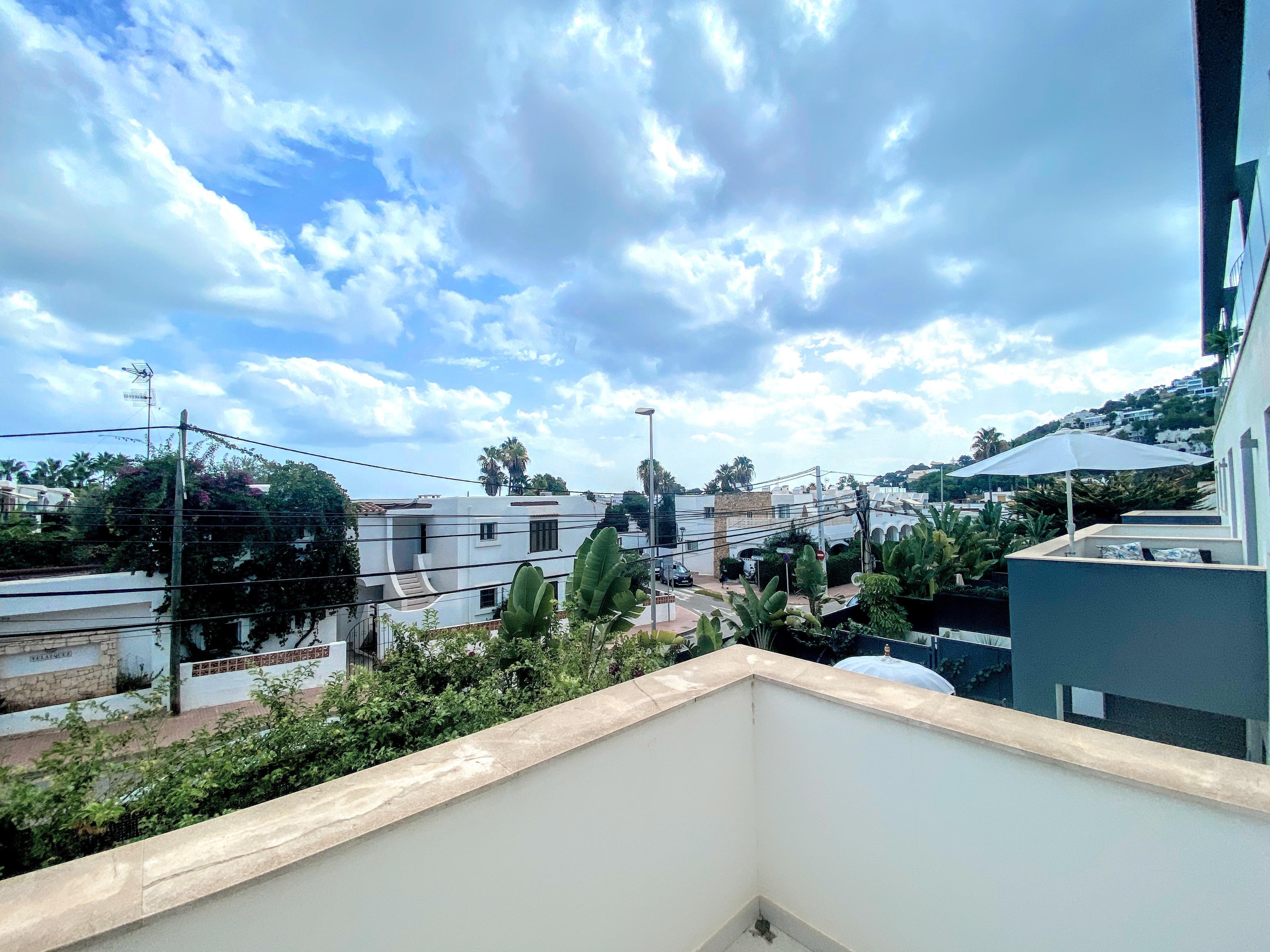 Fantástico dúplex espacioso de nueva construcción con gran terraza
