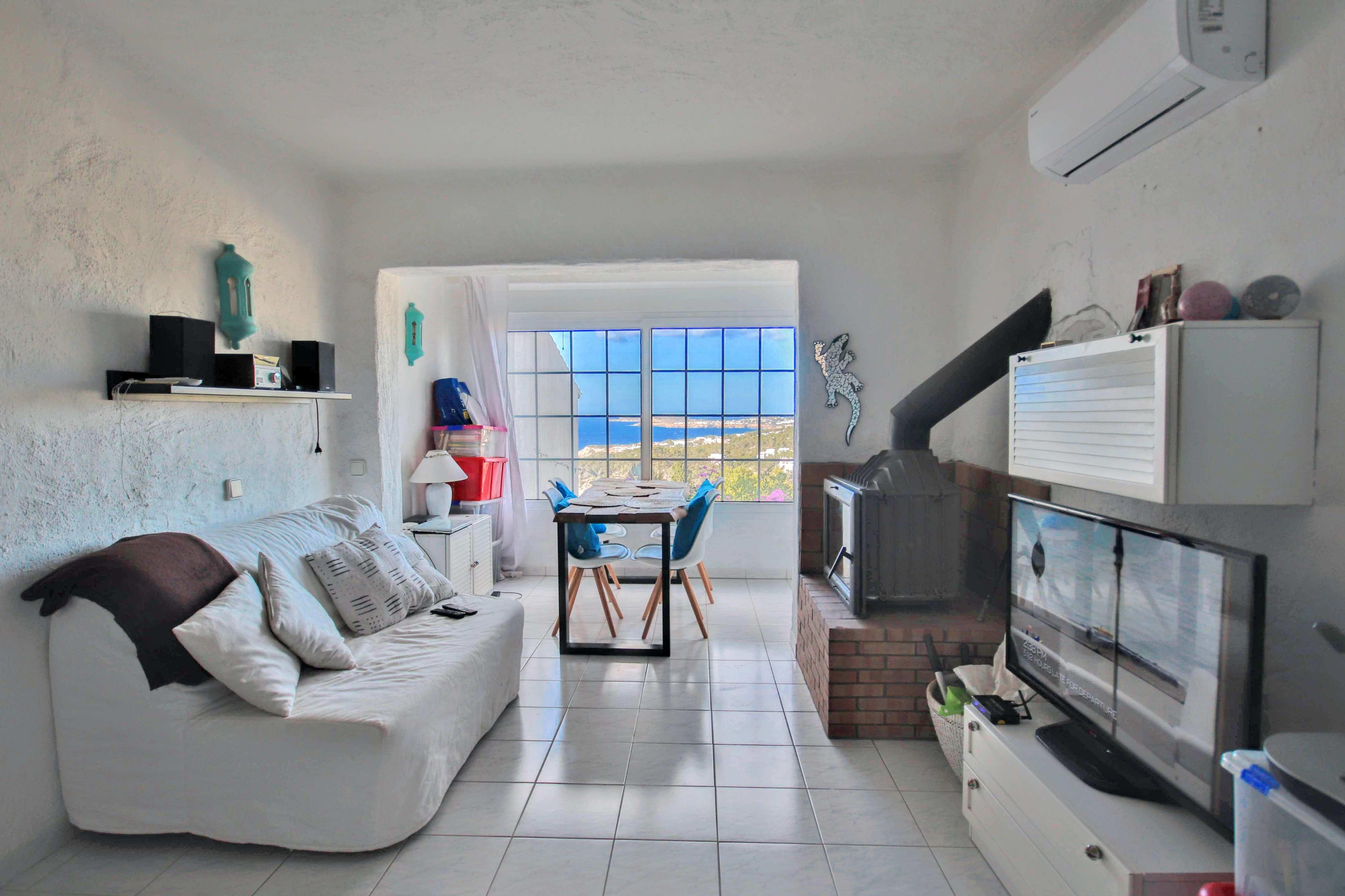 Ruim appartement te koop in Cala Vadella